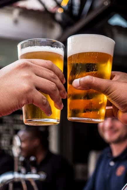 Picture of People saying cheers with beer
